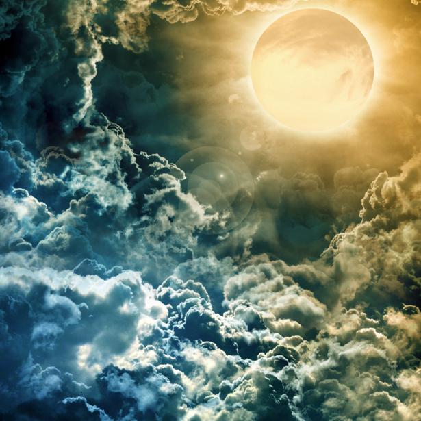 Фотообои солнце выглядывающее из-за туч (fantasy-0000092)