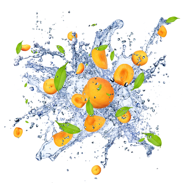 Фотообои кухня абрикос в брызгах воды (food-0000126)