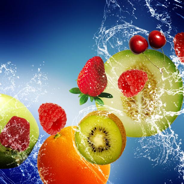 Фотообои для кухни фрукты в брызгах (food-0000246)