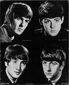 Фотообои The Beatles 4 (retro-vintage-0000365)