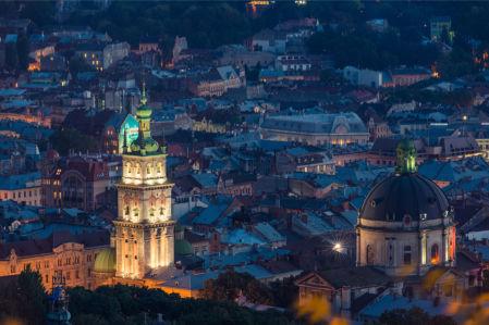 Фотообои Ночной центр Львова (ukr-64)