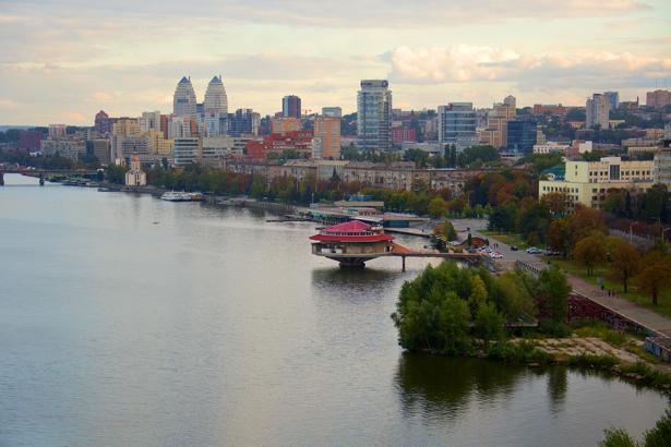 Фотообои Днепропетровск река и набережная (city-0000937)