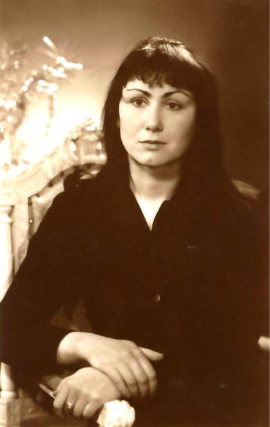Портрет Любови Пономаренко (ukraine-0180)